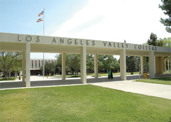 A Picture of the LAVC Campus Entrance